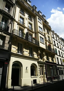 Hotel Paris Nemours - Contact Us 1